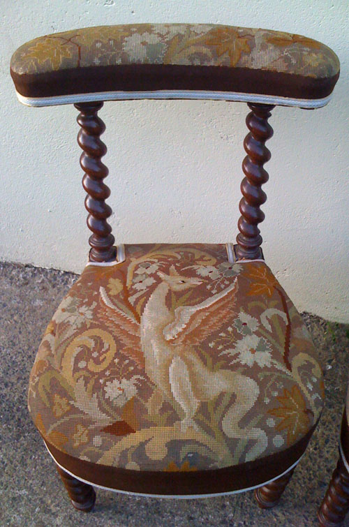 A2414 woolwork antique prayer chair