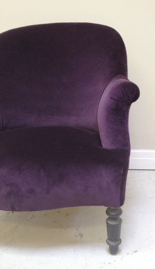 A2854 Old French Round Back Chair Purple Velvet