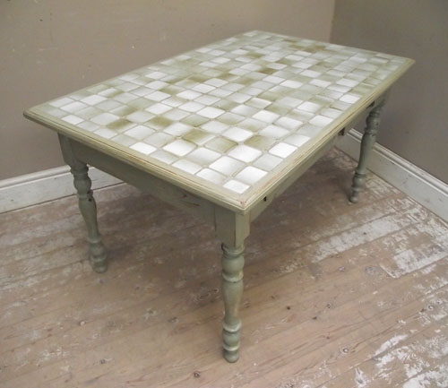OLD TILED KITCHEN TABLE & ID2994 Old Tile Top Kitchen Table