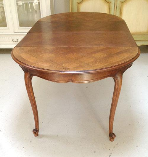 ID3434 Vintage French dining table oak Provencal Style : vintage20french20dining20table2003 from www.frenchfinds.co.uk size 500 x 530 jpeg 82kB