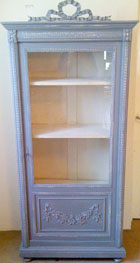 french antique displacy / bookcase