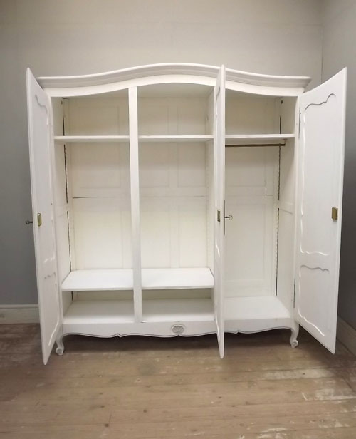 If2980 3 Door French Provencal Style Armoire