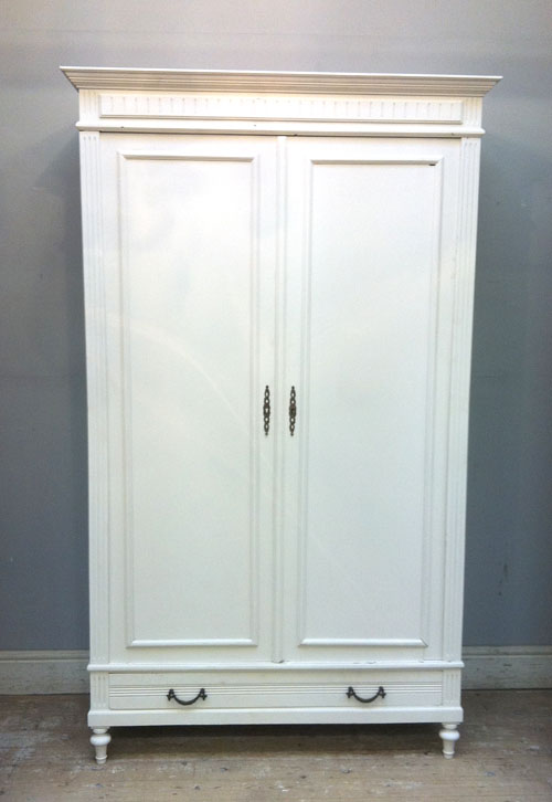 if3115 antique french louis philippe style armoire wardrobe. Black Bedroom Furniture Sets. Home Design Ideas